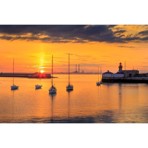 Sunset at Dun Laoghaire Harbour © Robert Kelly