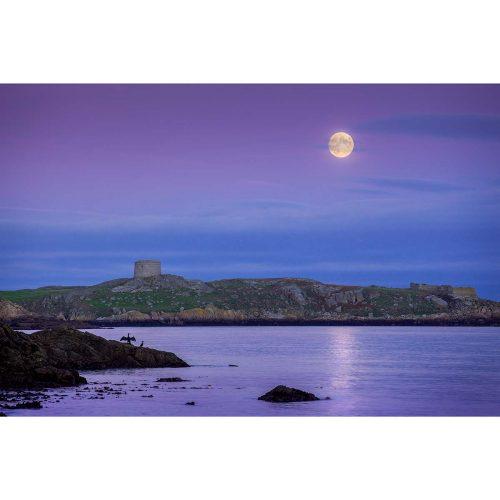 Moonrise over Dalkey Island © Robert Kelly